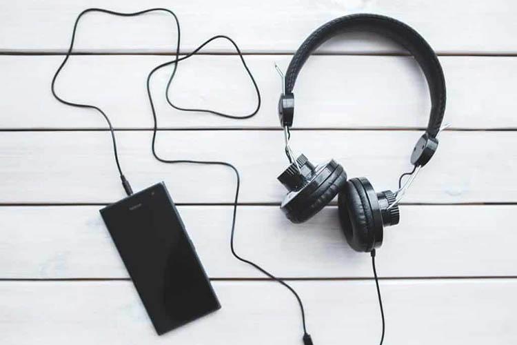 5 کسب درآمد با گوش دادن به موسیقی