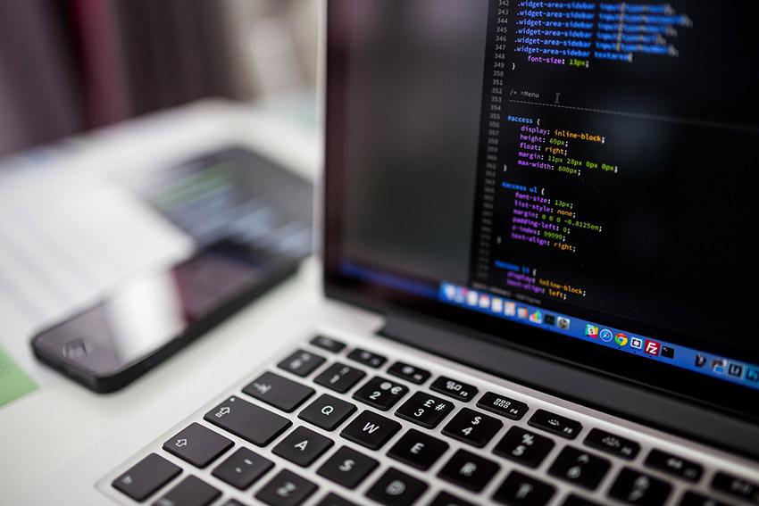درآمد بهترین شغل های رشته توسعه وب و برنامه نویسی
