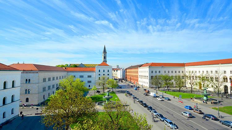 بهترین دانشگاه های آلمان در سال 2021 ماکسیمیلیان مونیخ