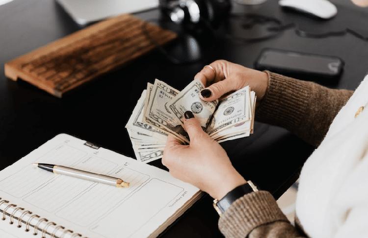1 معرفی 5 راه برای کسب درآمد غیرفعال در سال 2021