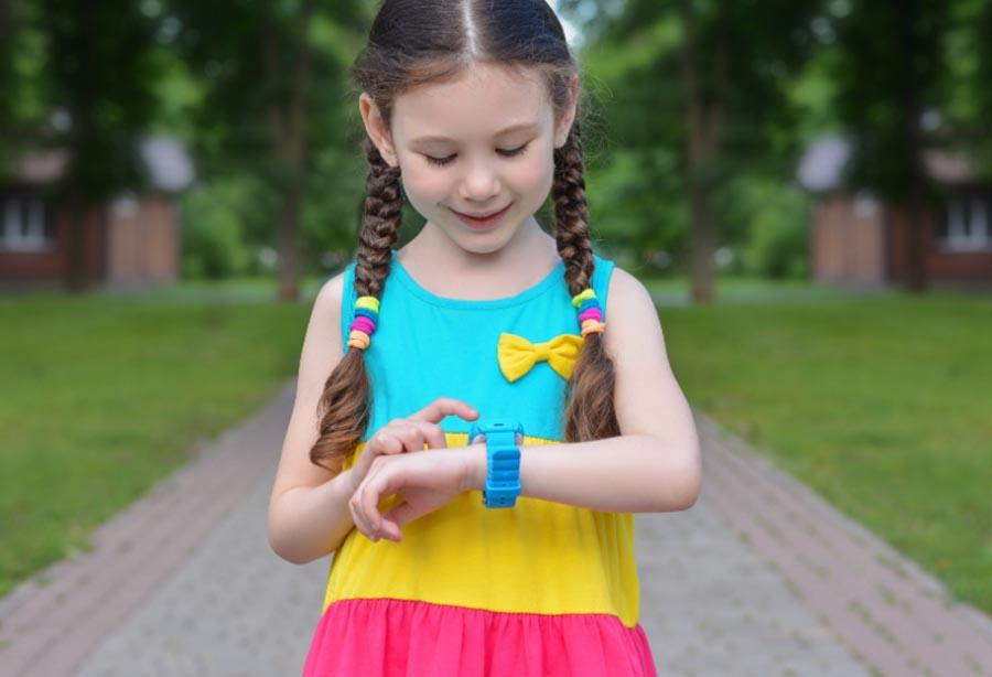 معرفی 8 مورد از بهترین ردیاب کودکان استفاده از GPS برای ردیابی کودک